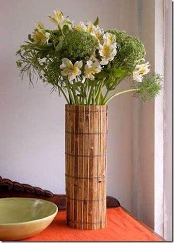 Ваза из бамбуковой подстилки фото