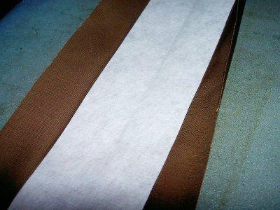 Вставка крепкой ткани в основу ручки