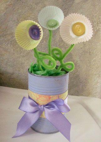 Сиреневая ваза с лентой фото