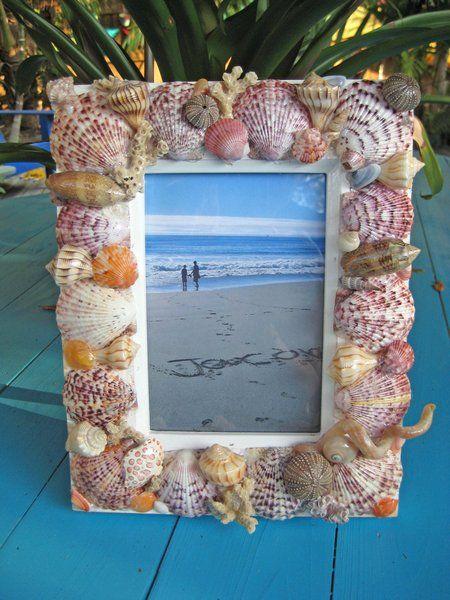 Рамка для фотографий укращеная ракушками