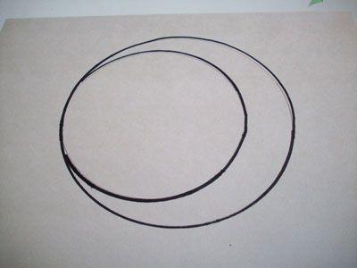 В большом круге рисуем круг поменьше фото