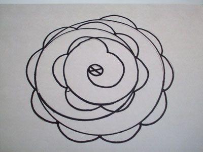 Делаем полукруги в центральном круге фото