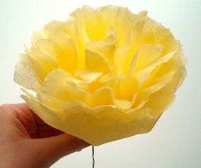 готовый цветок из салфеток фото