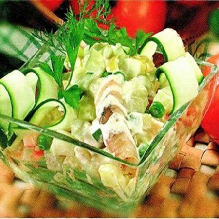 Диетический рыбно-овощной салат фото