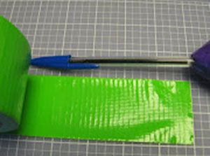 Зелёная лента на ножку фото