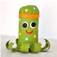 Картонный осьминог Фото