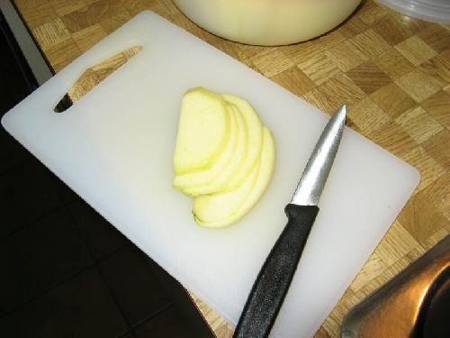 нарезаем яблоки фото