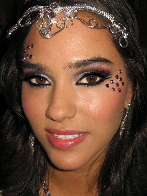 делаем карнавальный макияж фото