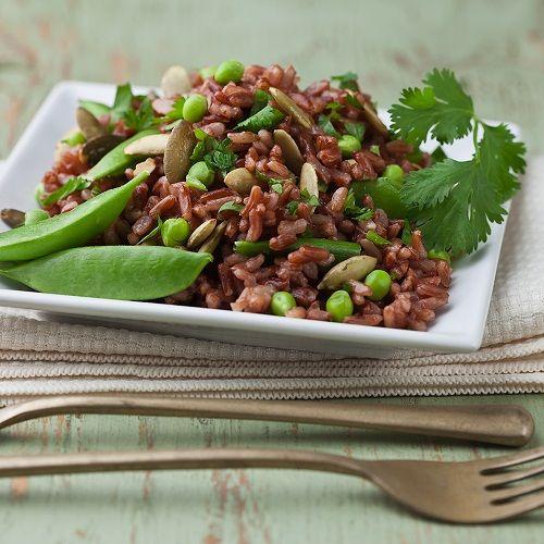 готовим салат из красного риса фото