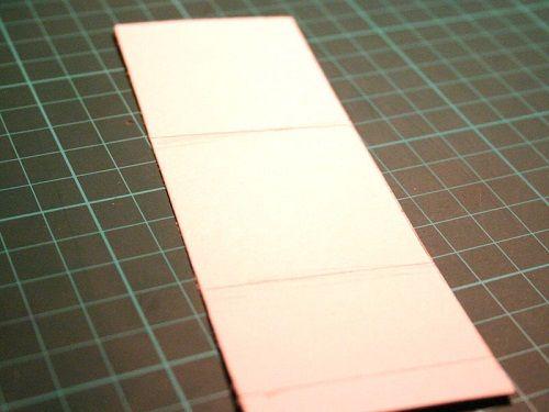 вырезаем картон фото