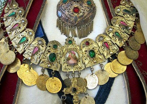 миконоские золотые украшения фото