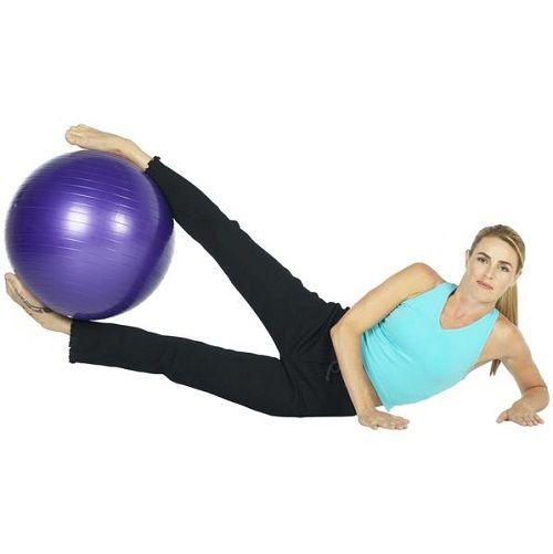 упражнение на поднятие мяча ногами фото