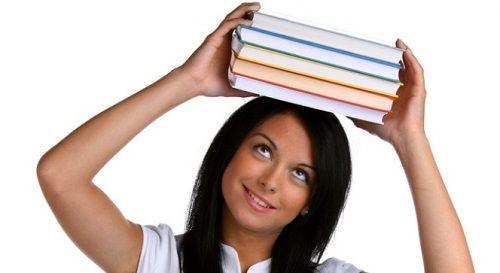 упражнения с книгами на голове фото