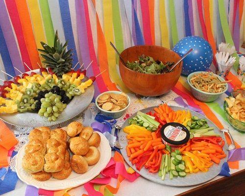 праздничное оформление стола фото