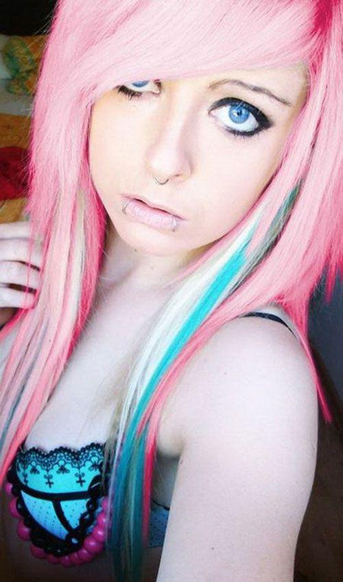 стрижка эмо на розовые волосы фото
