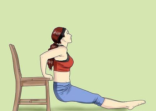 приседание со стулом для талии и боков фото