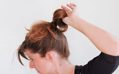 протягиваем волосы в резинку фото