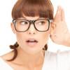 Ухо не слышит но и не болит – причины лечение