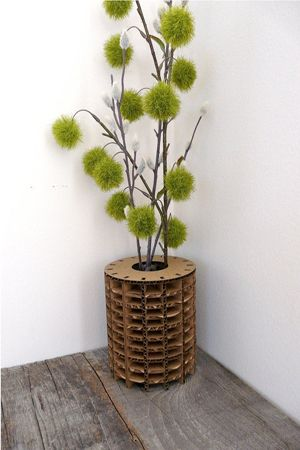 ваза-столик из картона фото