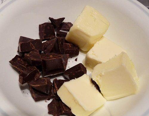 шоколад и масло растапливаем фото