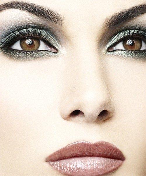 макияж с темными тенями фото