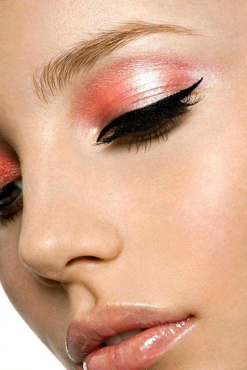 макияж с розовым оттенком фото