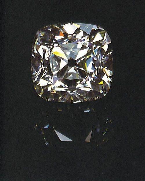 "алмаз ""Регент"" фото"